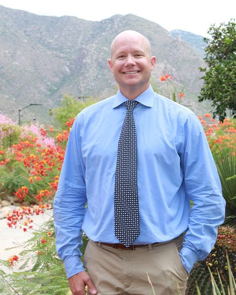 picture of endodontist Dr. Thomas R. Kramkowski